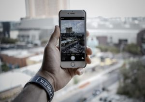 Taking a Portrait of a Building Using an iPhone
