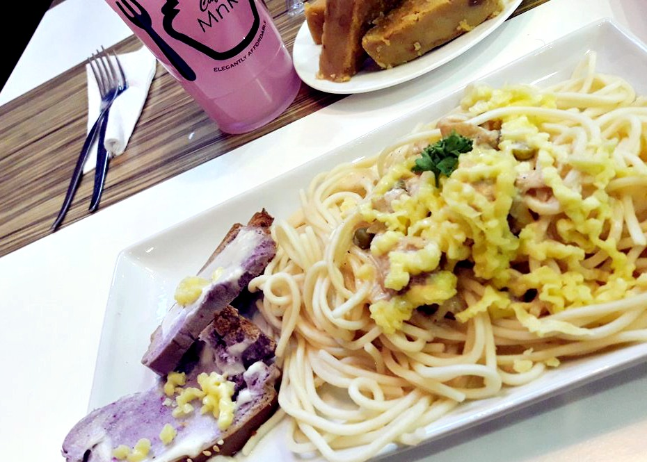 Cafe MnR Carbonara