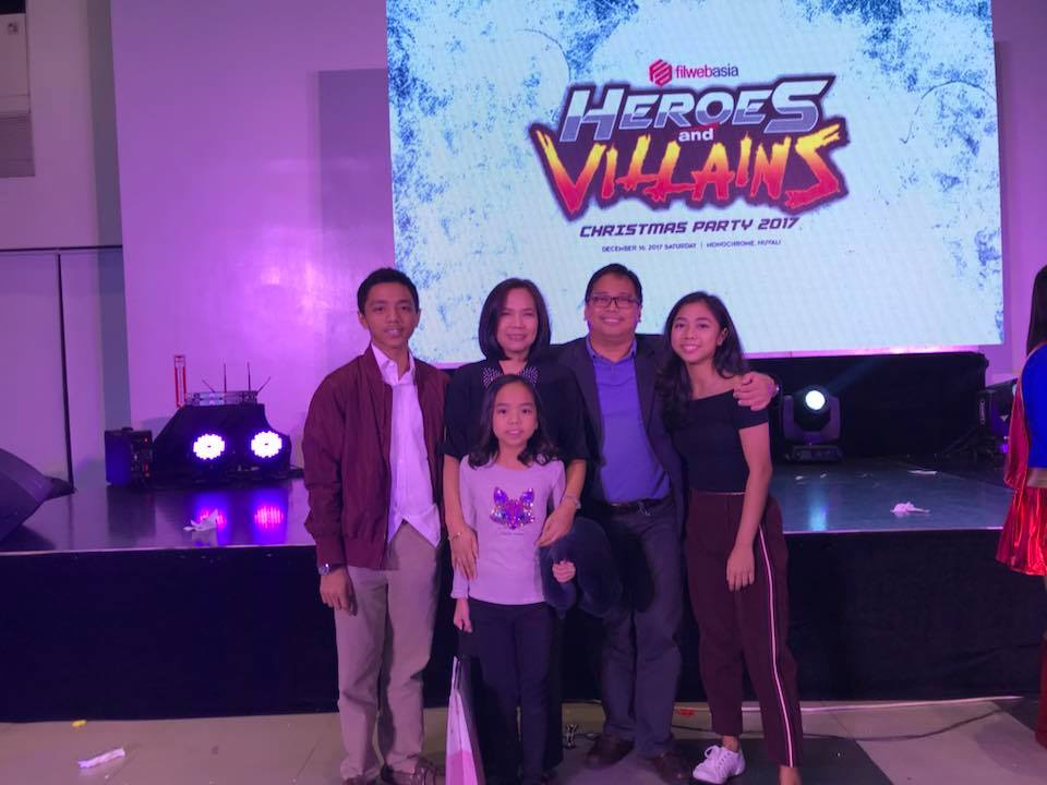 FilWeb Asia's CEO Mr. Larry Mercado and Family