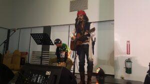 John Martin Pareja Serenades the Audience