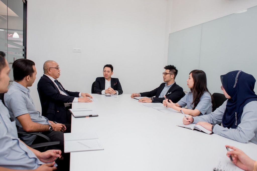 business meetings encourage employee engagement